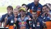 Oliveira with crew after their Mugello victory