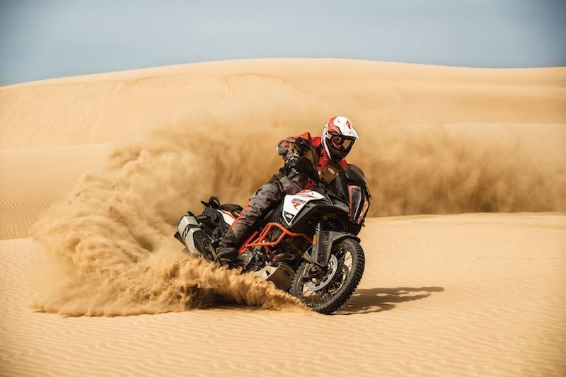 Ktm 1290 super adventure r action 06