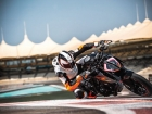 Ktm 1290 super duke r my17 action 03