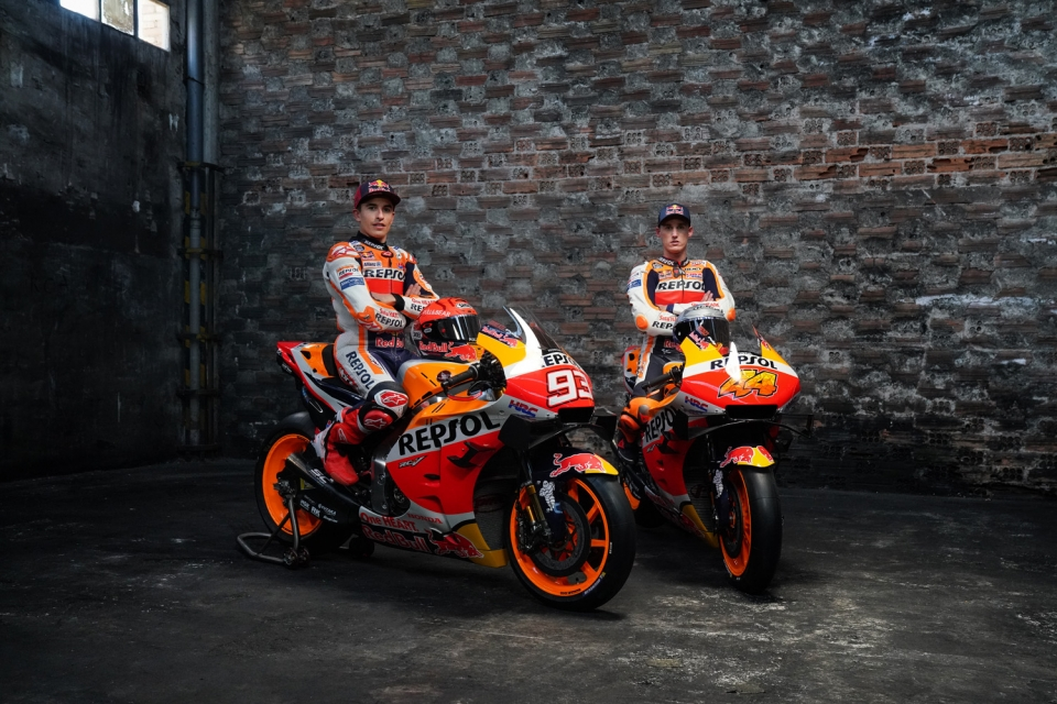 Team launch factory 2021-01215
