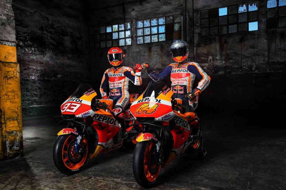 Team launch factory 2021-01305