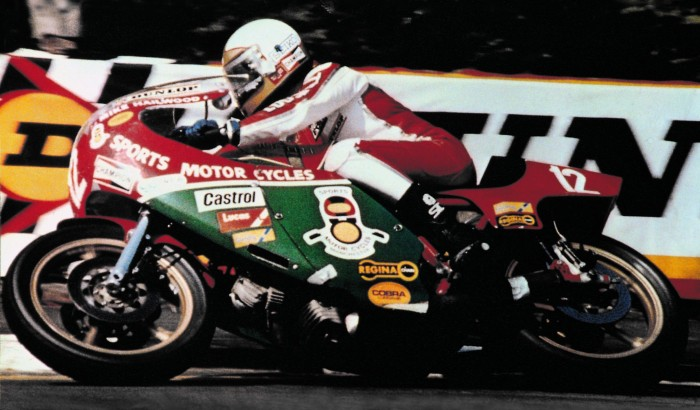 Hailwood's biggest and smallest at Castle Combe tribute - Bikesport News