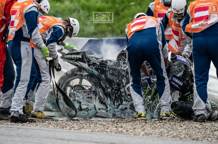 Motogp Austria 2 Vinales Brakes Exploded As He Bails At 140mph Bikesport News