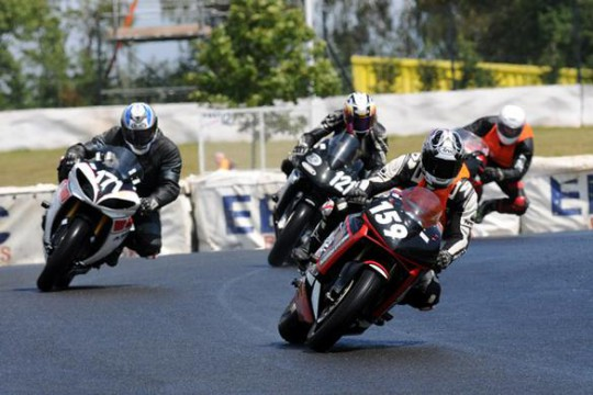 Action from the Emra roadstocks class at Mallory