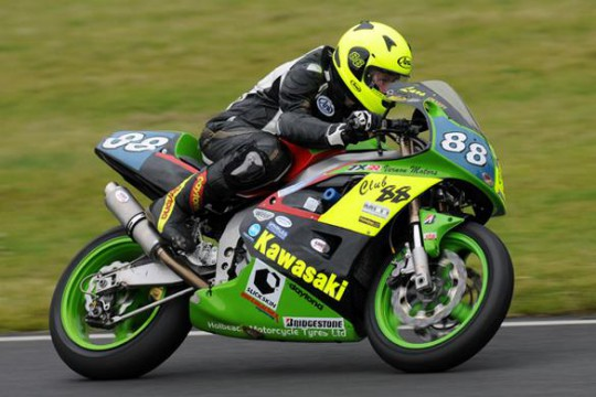 Josh Daley in action on his ex-Scott Smart Kawasaki