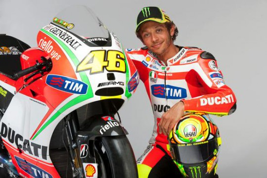 Rossi with the Desmosedici GP12 he unwrapped yesterday