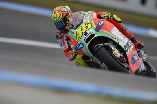Rossi at the final chicane, which is part of his problem...