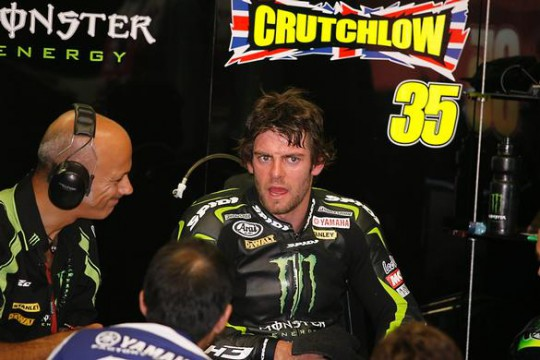Crutchlow explains his crash to crew chief Danielle Romagnoli