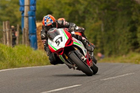 Lee Johnston gives the Panigale ballyhowhatfor