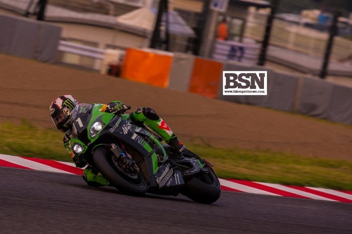 Malaysian Azlan Shah on podium at Suzuka 8 Hours