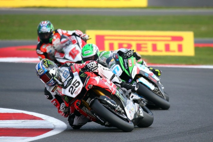 Silverstone BSB: Brookes does the double and extends lead - Bikesport News