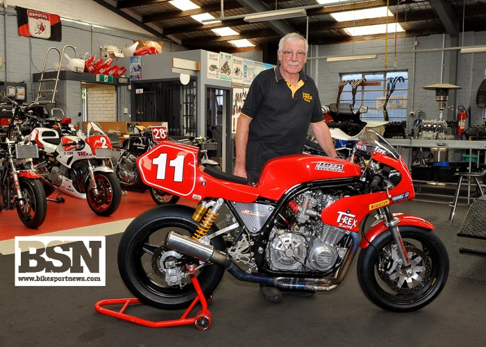 Wolfenden with Corser's bike for the 2018 PI Classic