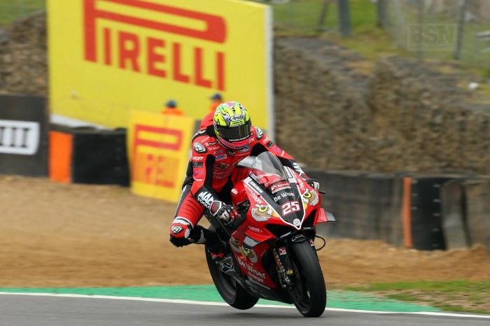 Weight transfer was much more pronounced at Donington than at Brands