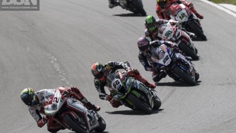 Sykes got stuck in the pack for too long in race two