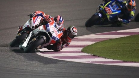 At times, Lorenzo was holding up Danilo Petrucci