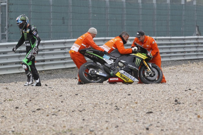 Lowes bounced straight back from his cold-tyre crash this morning